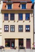 Friseur_Am_Schloss_136_2015-08-02_11-57_RAWedit